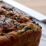 Plum-bread con funghi patate e speck